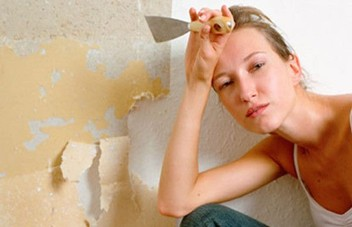 Wallpaper Stripping Removal Service