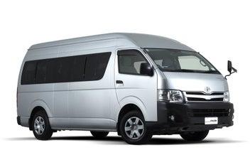 People __mode passenger van rental