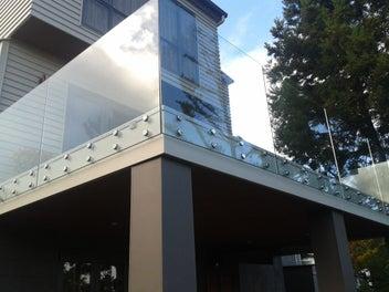 Glass balustrade /splashback/shower